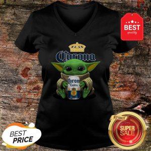 Pretty Baby Yoda Hug Corona Extra Beer V-neck