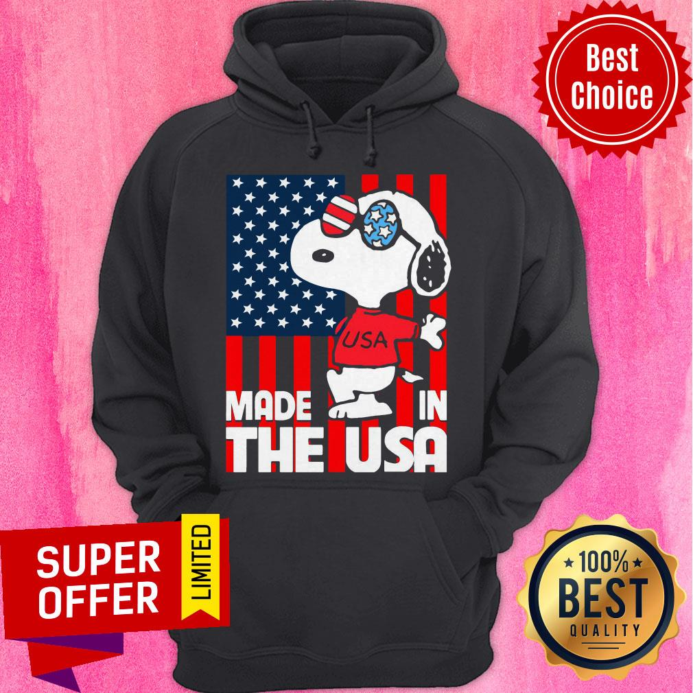 Awesome American Flag Made In The USA Snoopy Hoodie