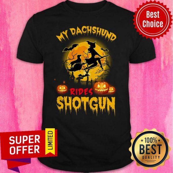Top My Dachshund Rides Shotgun Scary Halloween Shirt