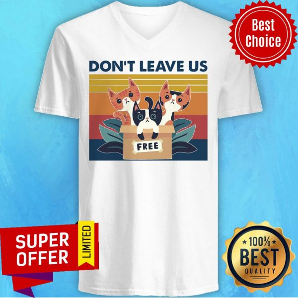Awesome Three Cats Don't Leave Us Vintage Retro V-neck