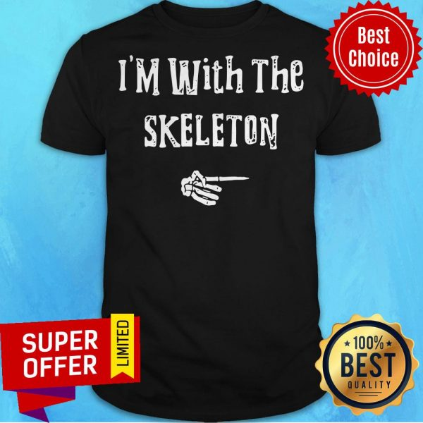 I'm With Skeleton Halloween Costume Funny Couples Matching Shirt