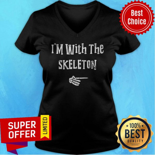 I'm With Skeleton Halloween Costume Funny Couples Matching V-neck