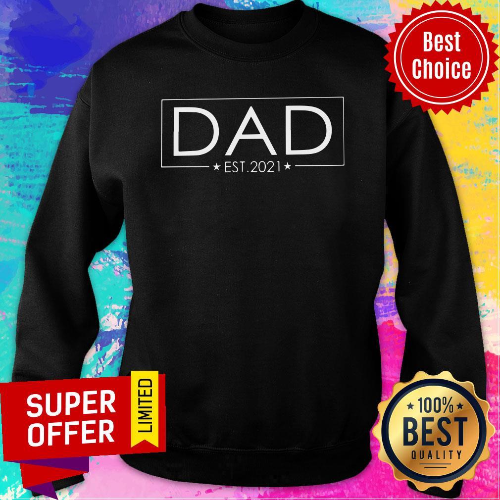 Awesome Dad Est 2021 Sweatshirt